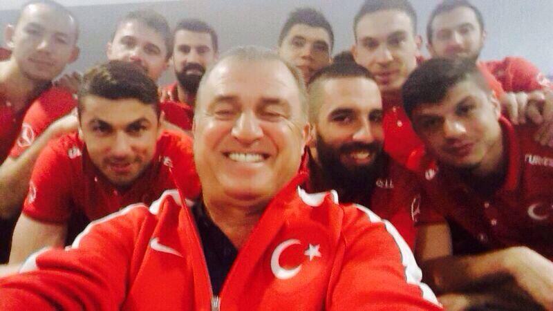 milli takim selfie