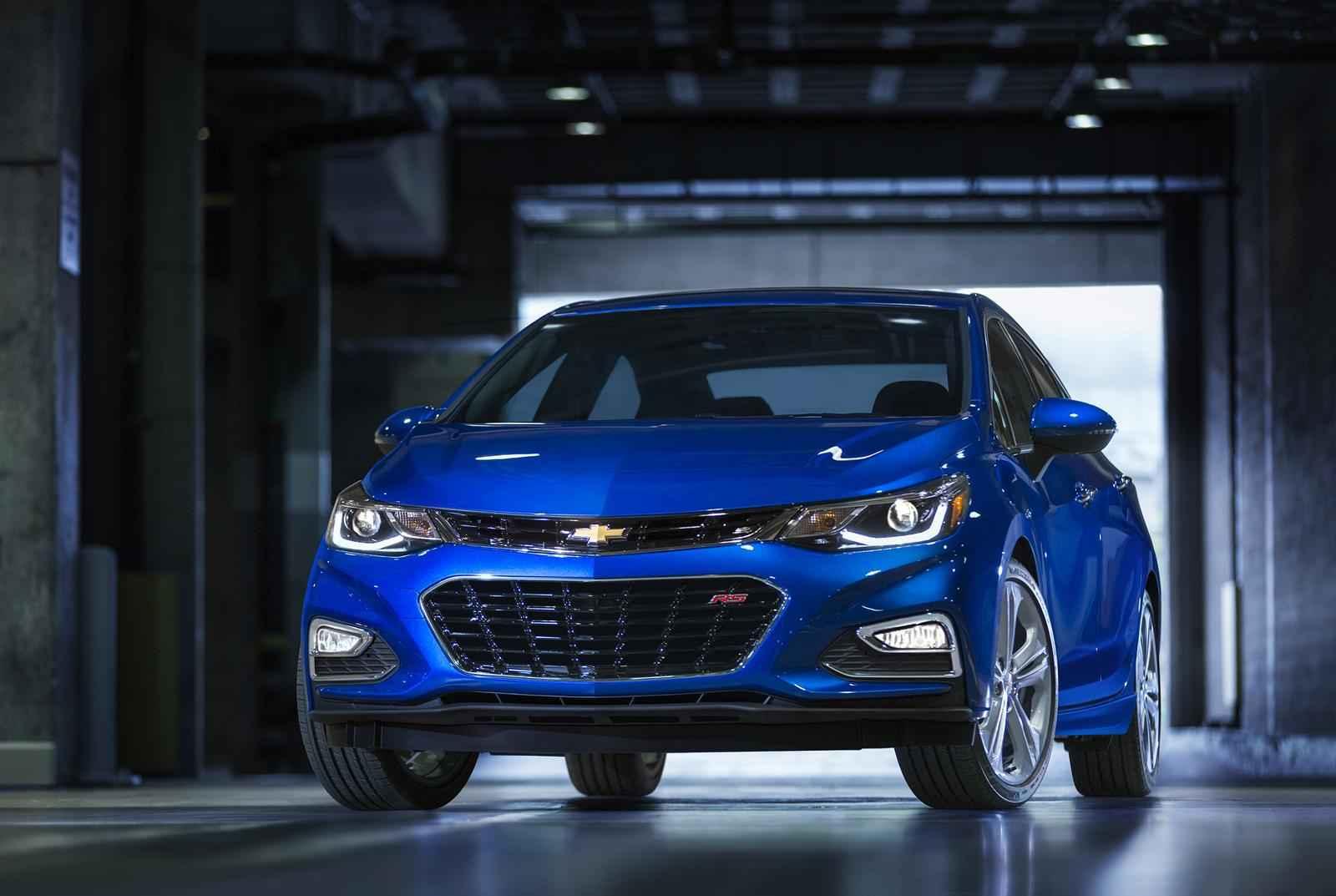 Yeni Chevrolet Cruze 2016 Özellikleri Fiyatı ve Fotoğrafları