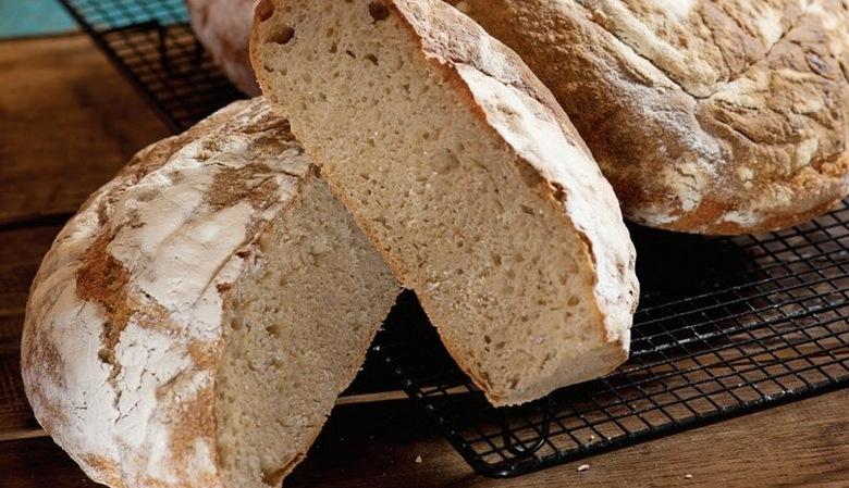 Ekşi Mayalı Ekmek Nasıl Yapılır