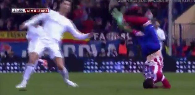 Ronaldo'nun Faul Sonrası Gözleri Doldu