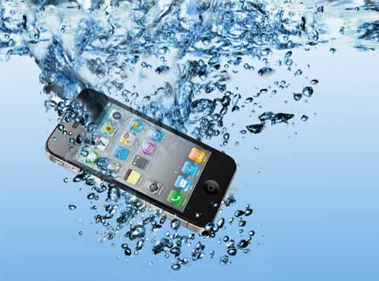 Suya Düşen Telefona Nasıl Müdahale Edilir?